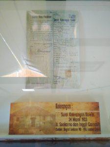 Surat Keterangan Kawin Soekarno dengan Inggit