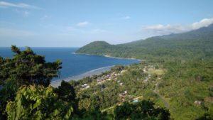 Pantai di Papua New Guinea yang tak jauh dari perbatasan