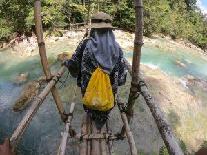 Jembatan menuju Air Terjun Lapopu